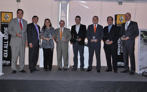 Group of winners, Providers recognized for their outstanding management in 2011 for RENAULT-SOFASA